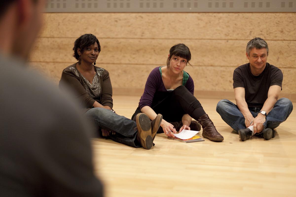 Formation apprendre a animer un atelier théâtre pour travailleurs sociaux.