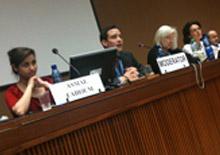 Asmae Fahoum et Gérard Gallego / ONU conférence / théâtre et accès à la culture. 2012 Geneves
